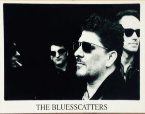 Foto van mij die gebruikt is voor een presentatiekaart van The Bluesscatters.